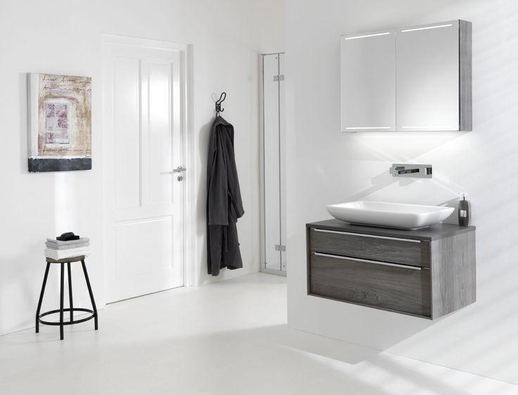 17 best images about spiegelkast deluxe voor badkamer for Spiegelkast voor badkamer
