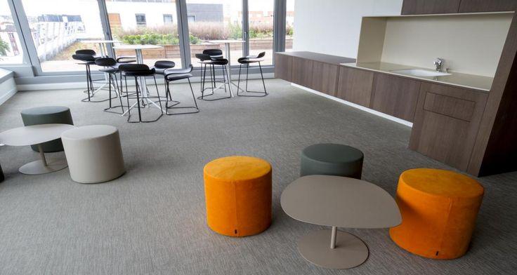 Salle de repos dans les locaux de svp saint ouen france for Mobilier salle de repos