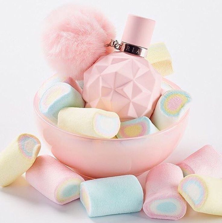 SWEET LIKE CANDY  IS OUT NOW AND I GOT A BOTTLE AND ITS AMAZING #sweetlikecandy