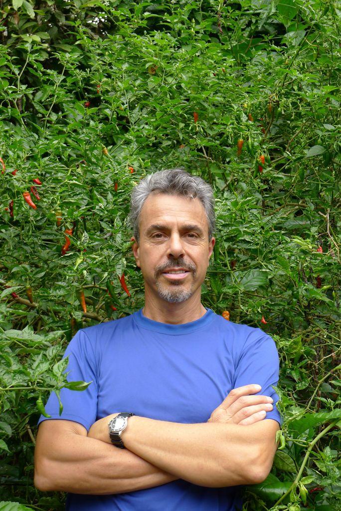Chris and Hot Chile Tree, Ecuador | Medicine Hunter