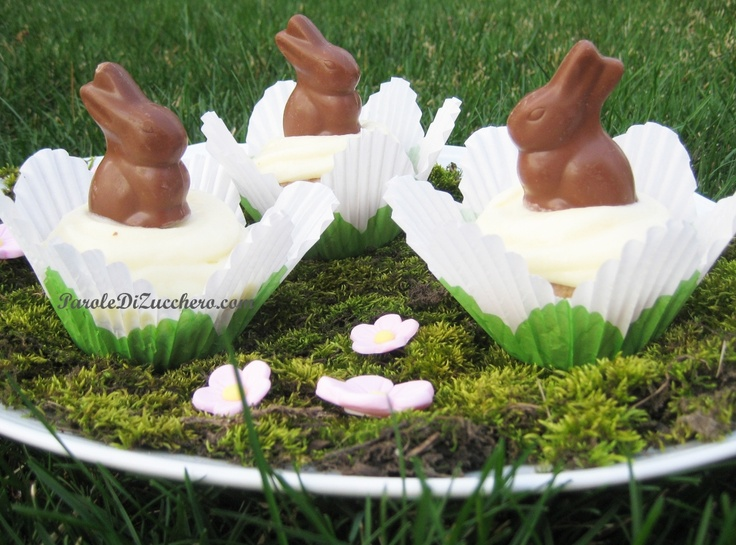Coniglietti di Pasqua su cupcakes!
