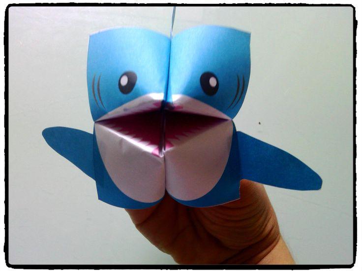 requin en origami, bricolage enfant, mer et océan