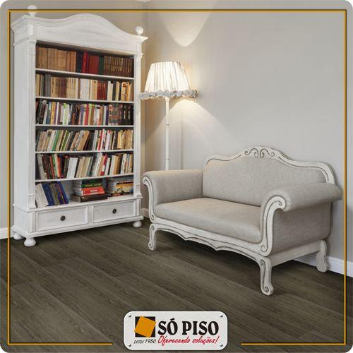 Ideal para ambientes residenciais e comerciais moderados a linha Áurea tem a beleza clássica da madeira, disponível em 3 estampas que combinam com todos os ambientes de sua casa.