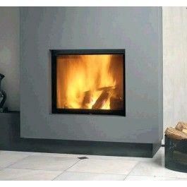 De Kal-fire Heat 55/51 Panorama is een strakke #houthaard. De kachel beschikt over een chamotten binnenwerk en is afgewerkt met een mooi zwart kader. Wanneer u de ruit van de kachel schoon wilt maken kunt u de ruit makkelijk laten kantelen. Ook dankzij de grote ruit heeft u een fantastisch zicht op het vuur. #Fireplace #Fireplaces