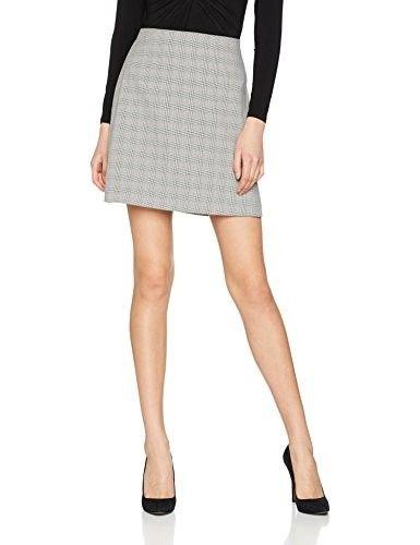 Minifalda estampada #faldas #moda #mujer #outfits  #minifaldas #faldasinvierno #style #shopping #fashion #modafemenina #cuero #leather #minifalestampada #print