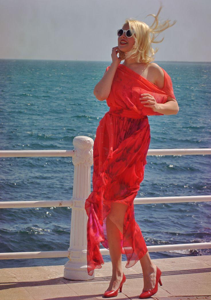 Red Maxi Dress / Long Summer Kaftan