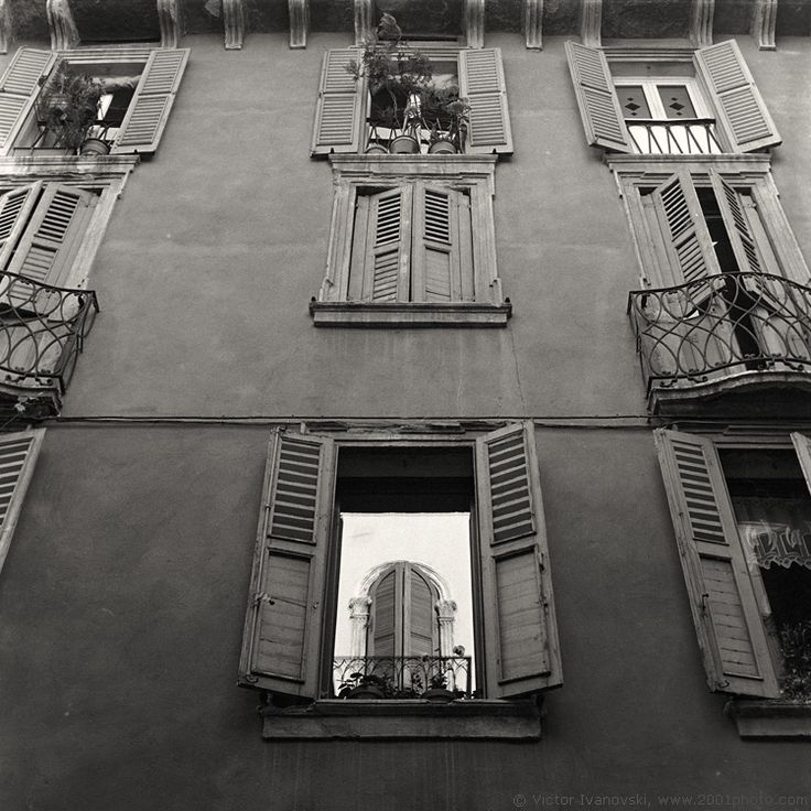 City, town, architecture