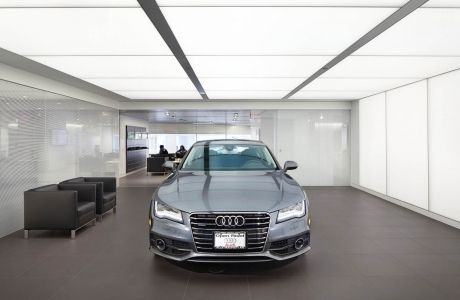 The diffused light from Sefar Archtecture's LIGHTFRAME modules on the ceiling and walls of the Audi Manhattan showroom provides a perfect backdrop for car buyers. Photo: © John Muggenborg, Muggphoto.