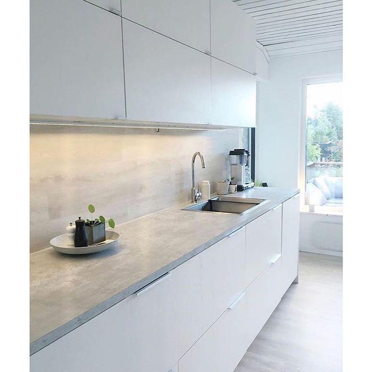 Första kontot ut i vår super-SFS är @misswesdesign Kolla va snyggt kök!