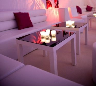 Square mirrored table #furniturehire #lowtables #eventprofs #loungefurniture #table #interiordesign