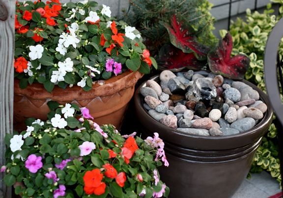 Homemade Patio Fountain, directions look doable and inexpensive