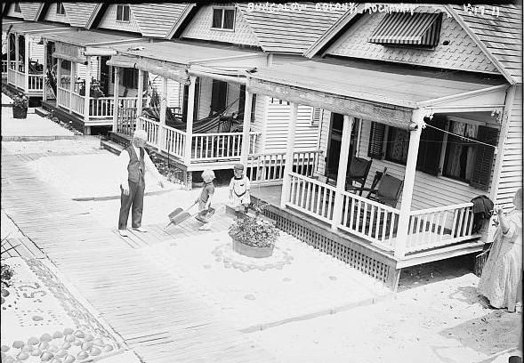 The bungalows of Rockaway. (Courtesy Library of Congress).  The Bowery Boys: New York City History: The Rockaways and Rockaway Beach: The strange fortunes of New York's former resort oasis and amusement getaway