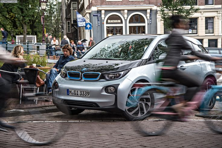 Audible Pedestrian protection: Artificial sound for BMW i3 and i8 - http://www.bmwblog.com/2014/05/22/audible-pedestrian-protection-artificial-sound-bmw-i3-i8/