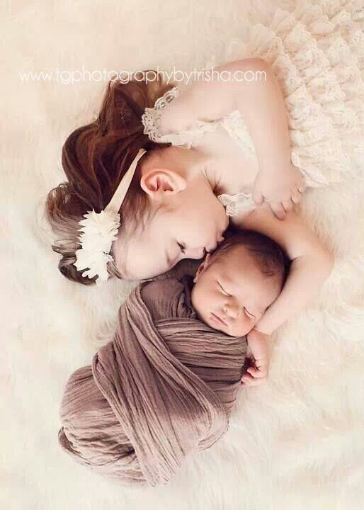New born & sibling photo