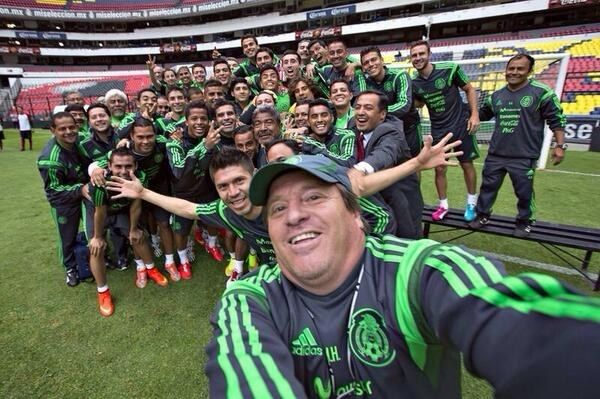 Mexico's Team Has Already Won The World Cup Of Selfies - HAHAHA!! That's fularious!