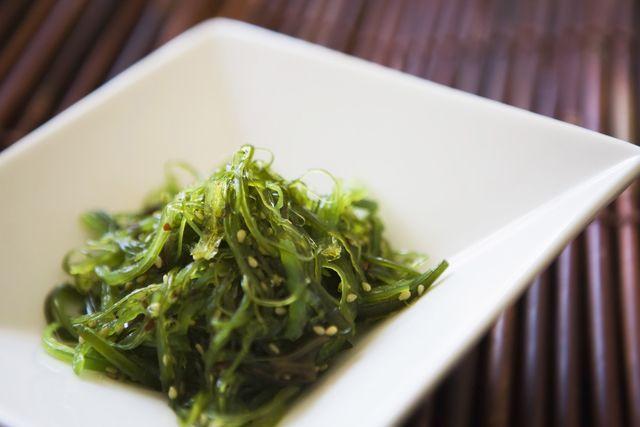 Descubre los beneficios de las algas marinas