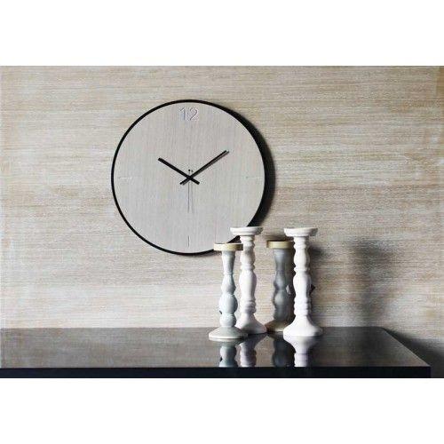Ρολόγια τοίχου ξύλινα της εταιρείας xline. wall clock natural oak 125€