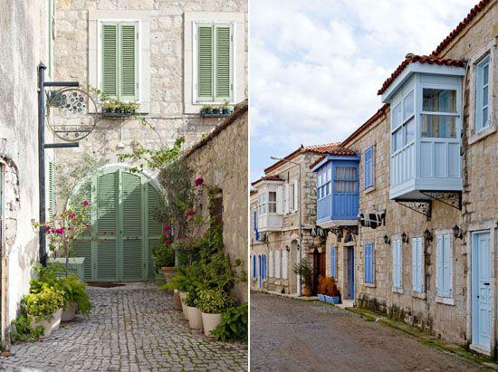 Alaçatı'nın cumbalı evleri..