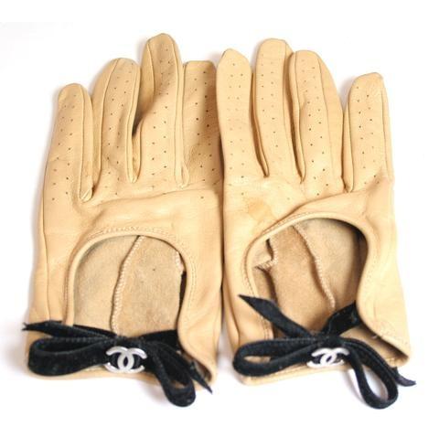 Chanel camel leather velvet bow driving gloves