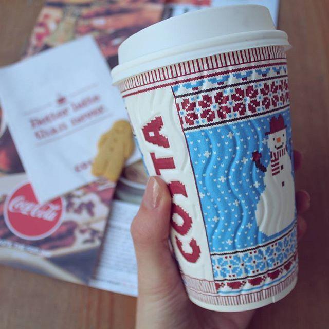Perníčková sezóna zahájena ☕🎅 #costacoffee #gingerbread #latte #morning #coffee #coffeetime #monday #christmas #czech #prague #snowman #costavanoce