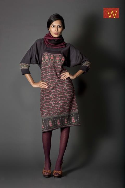 This is simply irresistible.  #WOMAN #FASHION #W #STYLE #CLOTHING #INDIA #COLORS #dark #duppatta #maroon