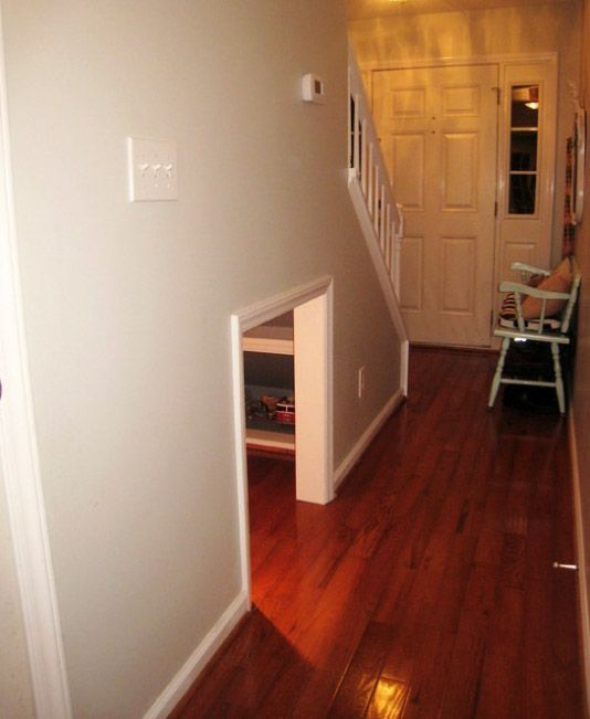 25 Clever Under Stairs Ideas To Optimize The Leftover: Best 25+ Dog Under Stairs Ideas On Pinterest