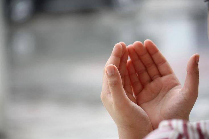 Allah borcu olana yardım eder. Tesirli bir dua'dır mutlaka okuyalım.