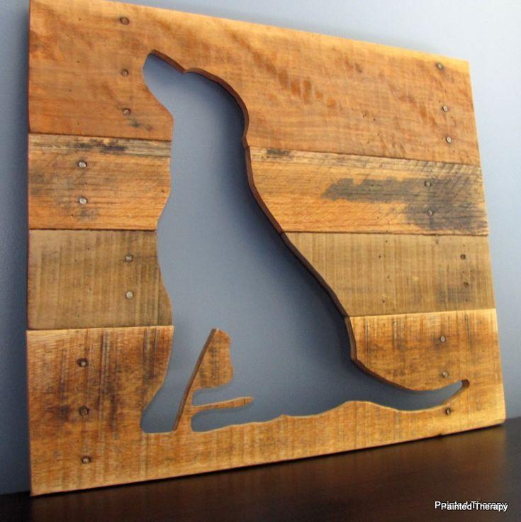 Wandbord van steigerhout met een uitgezaagd profiel van een hond. Zelf een #wandbord maken van #steigerhout