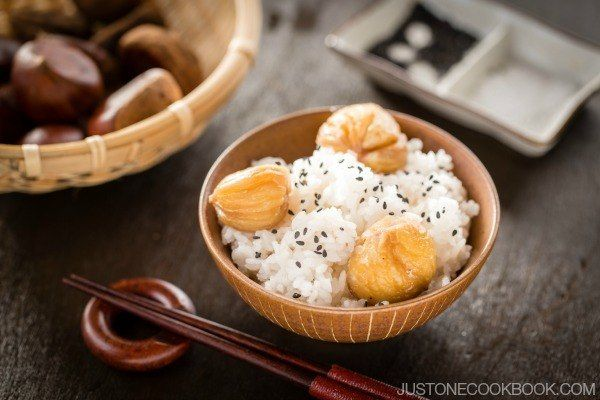 Chestnut rice is a traditional Japanese fall rice recipe, this aromatic chestnut rice with black sesame and a pinch of salt is perfect for fall evenings. #Japanese Recipe