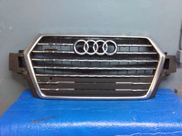 cool Awesome 2017 AUDI Q7 QUATTRO FRONT GRILLE USED, OEM 2017 2018 Check more at http://24carshop.com/product/awesome-2017-audi-q7-quattro-front-grille-used-oem-2017-2018/