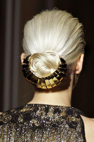 YSL- Bun armor :): Laurent Spring, Hair Colors, Yves Saint Laurent, Hair Pieces, Hair Accessories, Spring 2012, Hair Clip, Hair Buns, Hair Inspiration