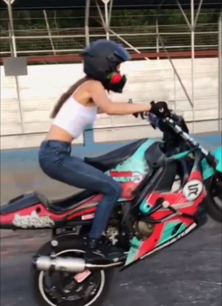 Cassandra Ryder Jumping Around With The Honda CBR600F!