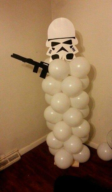 Stromtroopers ballon column for 7 year  old  birthday  boy!