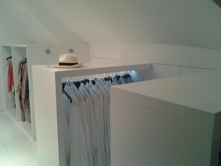 Garderobe kast woonhuis in het Gooi - door David Interieurbouw