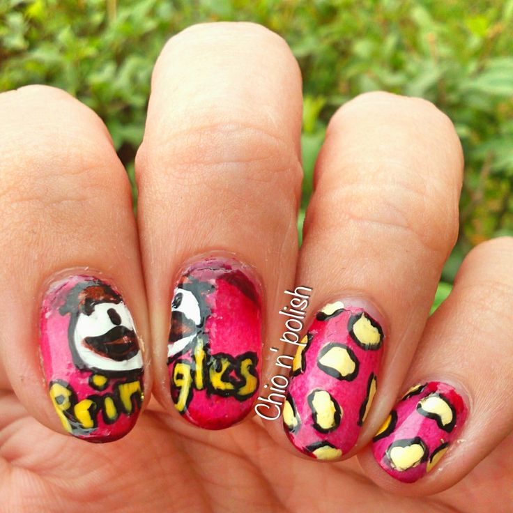 """Here some """"Pringles"""" inspired nailart!     ★ ★ ★ Use """"CHIQ10″ for a 10% off in BSP: http://www.bornprettystore.com/"""