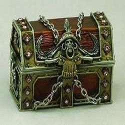 How to Make a Pirates Treasure Chest