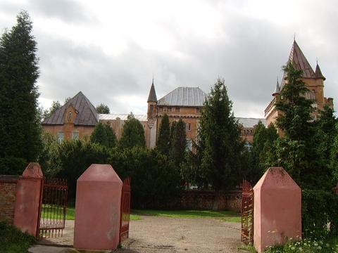 castelul kendeffy in hunedoara