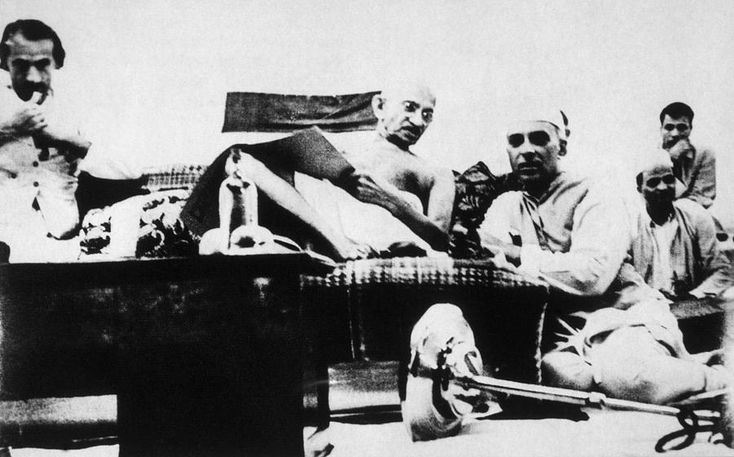 Mahatma Gandhi, Jawaharlal Nehru at an Indian National Congress meeting, ca. 1929