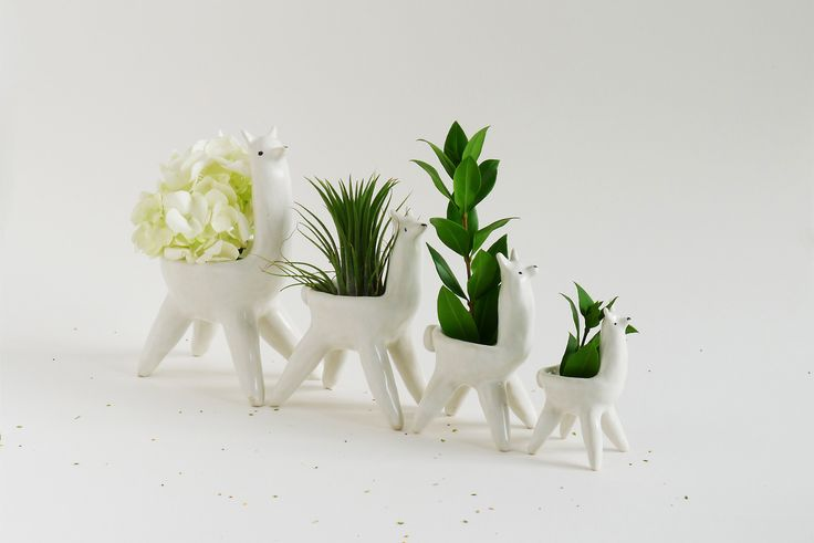 MONICA RAMOS, Ceramic Alpacas with plants