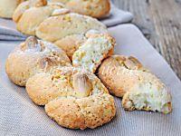 Intorchiate con mandorle biscotti pugliesi intrecciati | Arte in Cucina