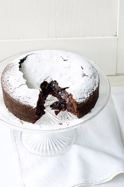 Swedish Chocolate Cake - like a cross between a brownie and a lava cake, this gooey wonder has only 5 ingredients and takes less than an hour to make (including baking time)