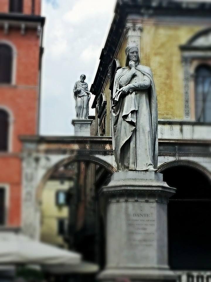 Statue of Dante in Verona Italy, province of Verona Veneto