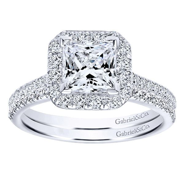137cttw cushion shaped halo diamond engagement ring with princess center