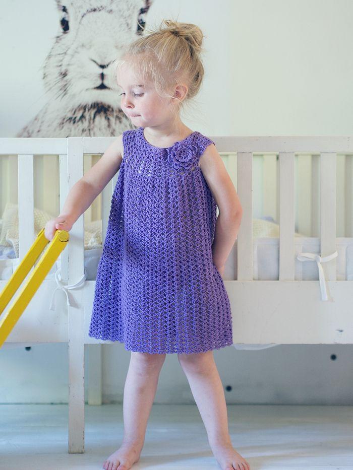 Virkattu mekko tytölle ja nukelle | Uusi Kuu