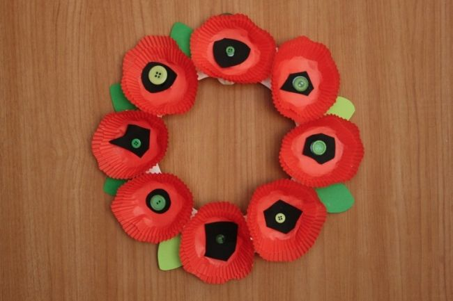Remembrance Day poppy crafts for children | BabyCentre Blog