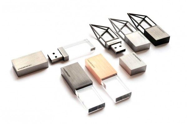 Empty Memory usb by Logical Art