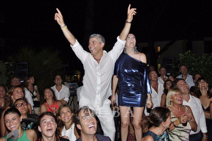 La febbre del sabato sera sale per i 50 anni di Michele Klain in un party estivo indimenticabile