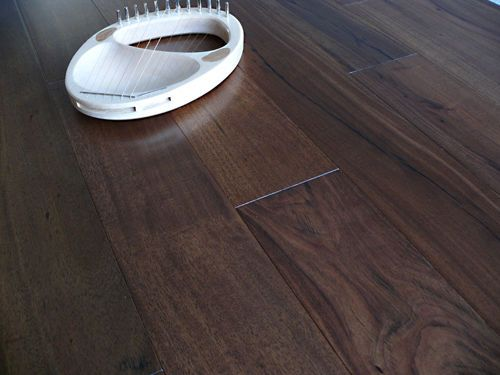 Engineered Flooring Walnut Stained Acacia Click System lacquered Finish
