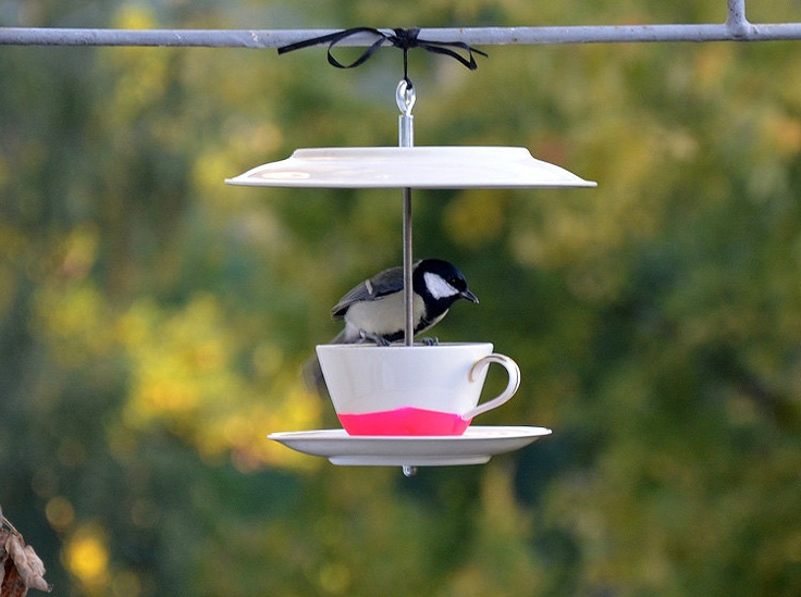 Bird Feeder // CoffeeKlatsch NEON Pink by rennadeluxe on Etsy