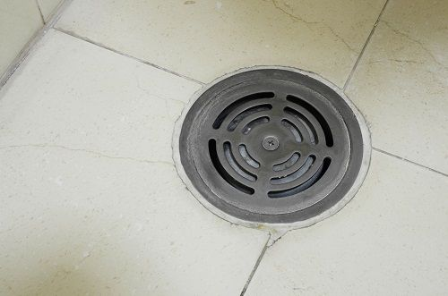 Floor drains basements and floors on pinterest for How to clean a garage floor without water